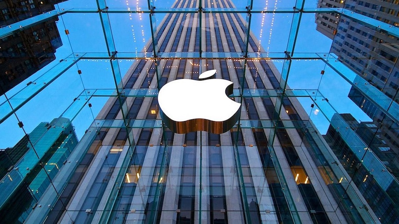اپل اکنون یک میلیارد گوشی هوشمند فعال در جهان دارد