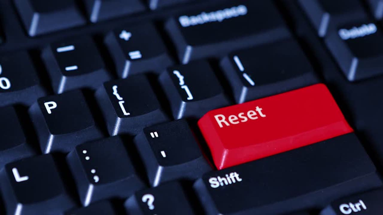 چگونه رایانه و گوشی خود را به تنظیمات کارخانه بازگردانیم؟