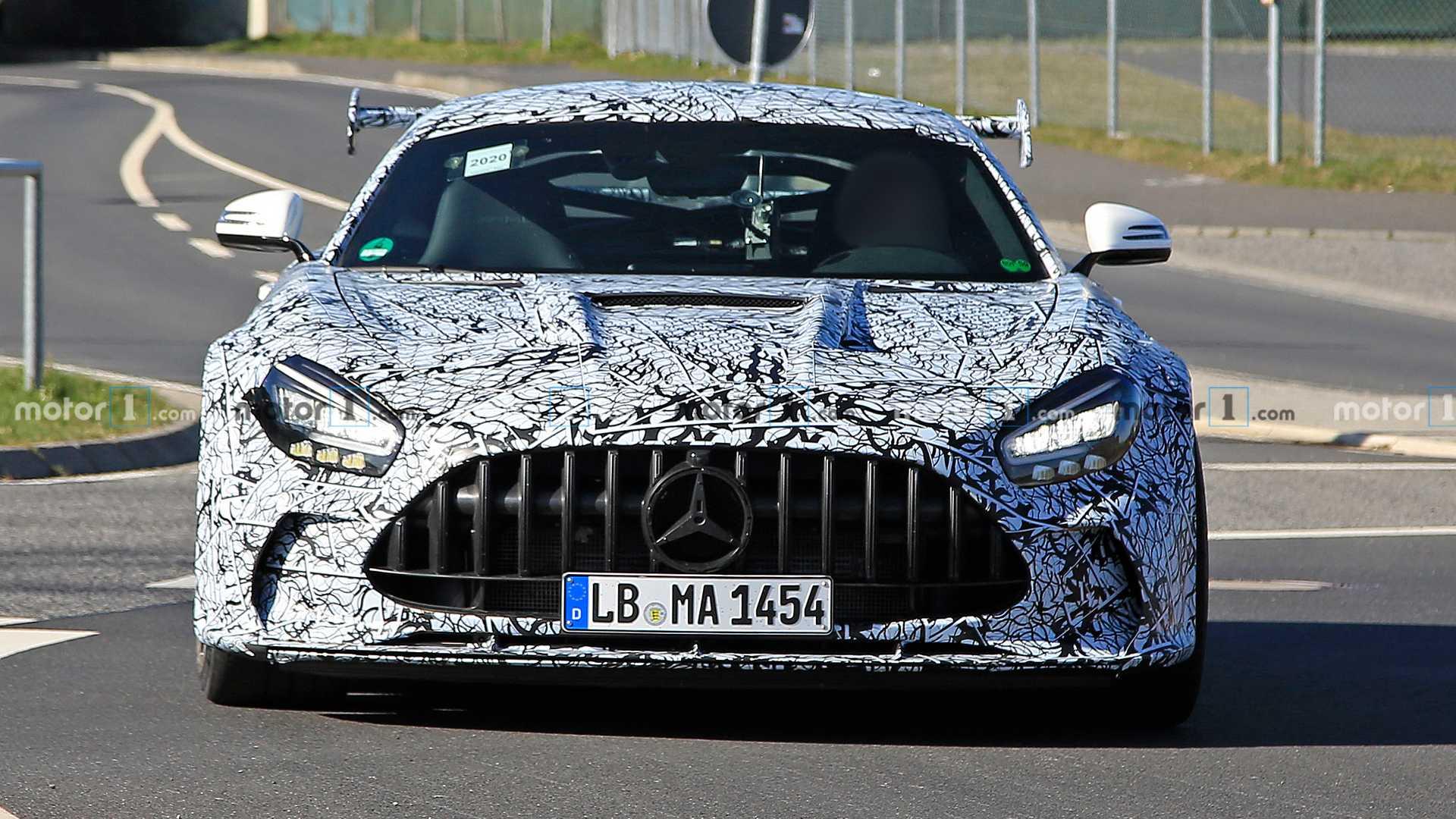 خودروی Mercedes AMG GT Black ماه آینده معرفی میشود
